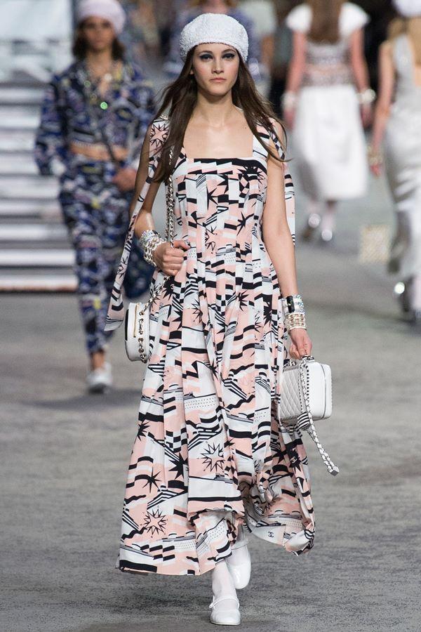 Celebrity fashion news 2019 naat
